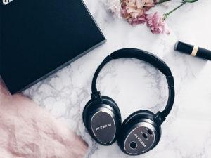Alteam,NFC連線,RFB-977,台灣耳機,我聽,搭機必備,旅行用品,耳機,藍芽耳機,藍芽降噪耳機,降噪耳機 @跟著Julie一起走吧